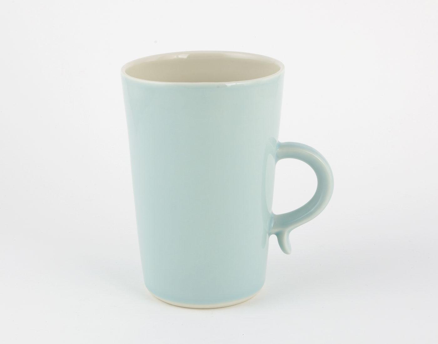 grosse blaue Tasse