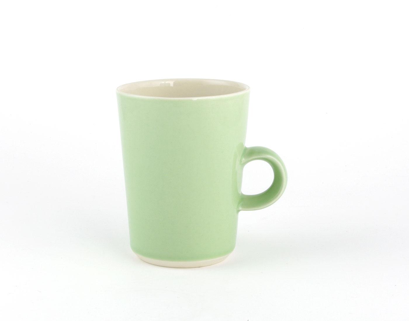 mittlere grüne Tasse